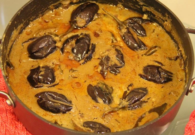 Gutti vankaya recipe andhra food for Andhra cuisine dishes