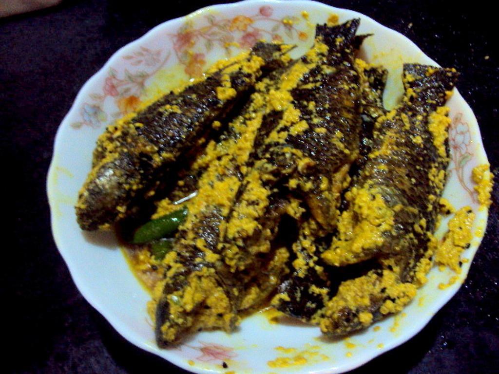 Koi mach fish for Koi carp fry
