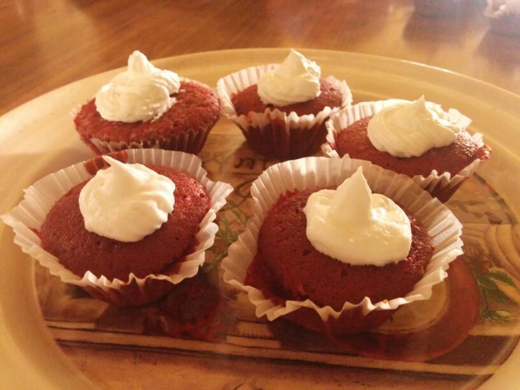 Maida Cake Recipe In Marathi Video: Red Velvet Cup Cakes