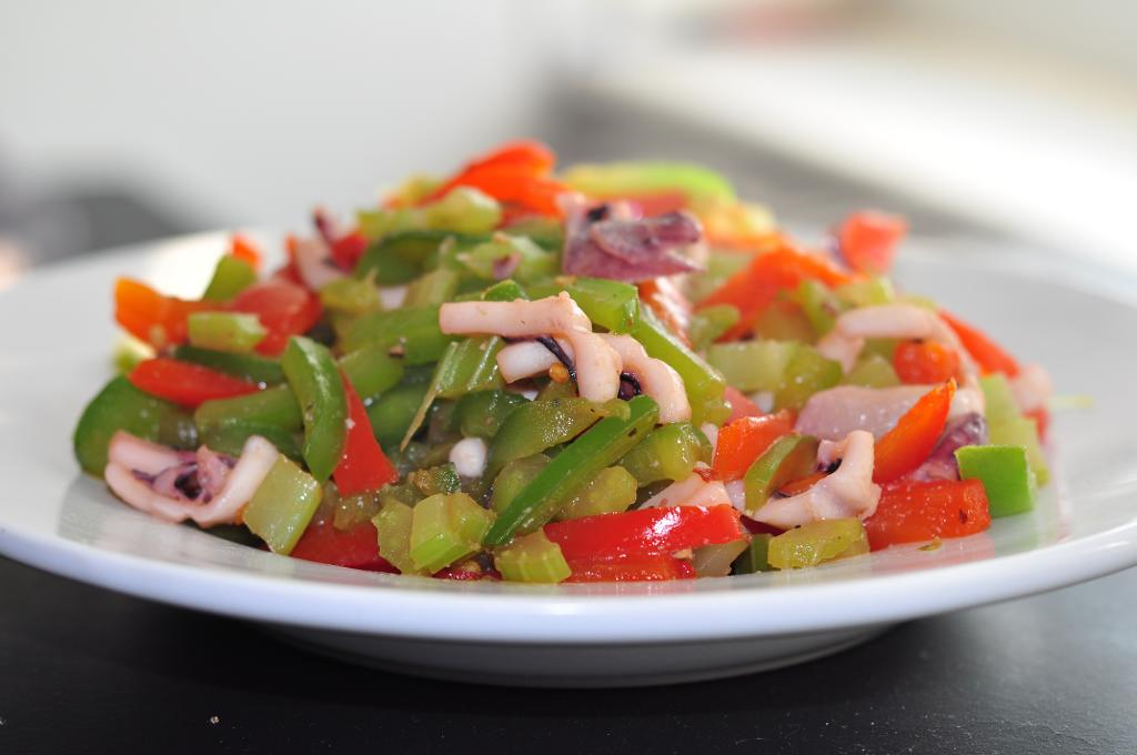Stir Fried Squid With Vegetables