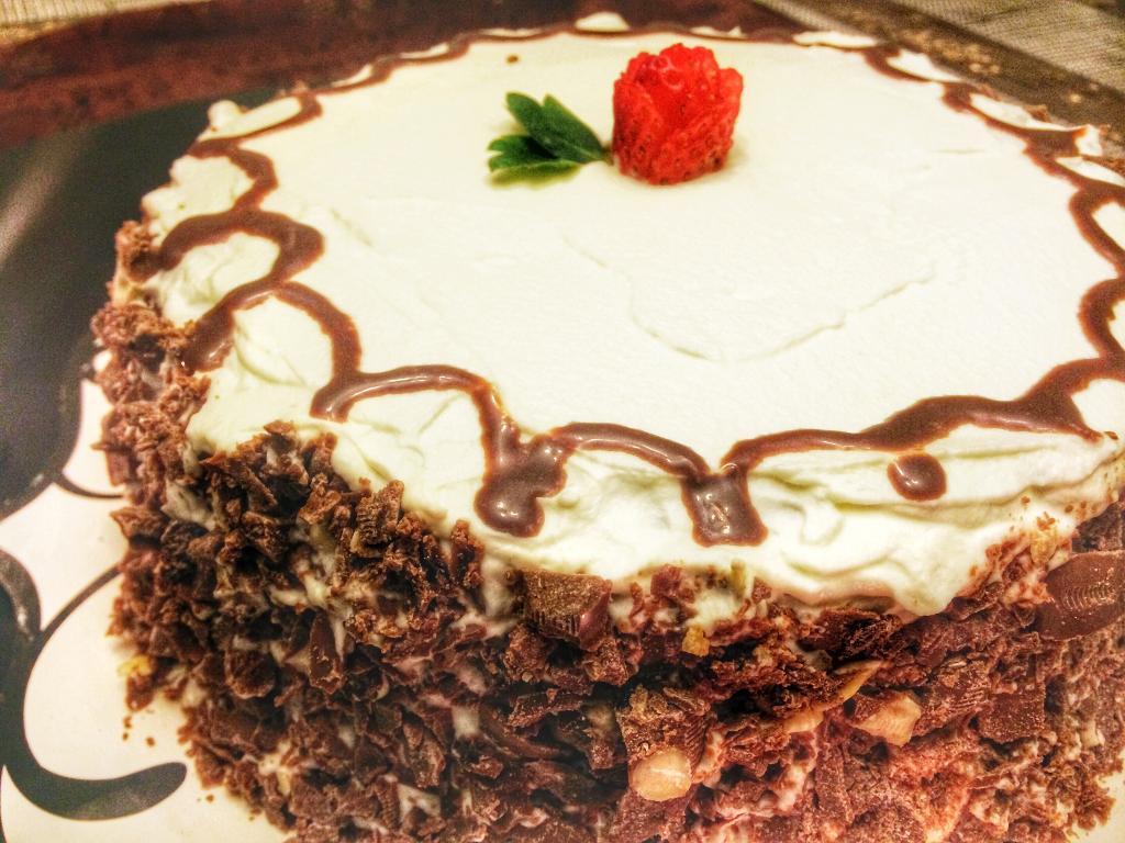 Maida Cake Recipe In Marathi: Strawberry Blackforest Cake