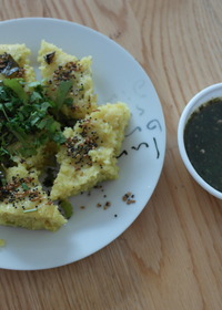 Suji Dhokla with mint chutney