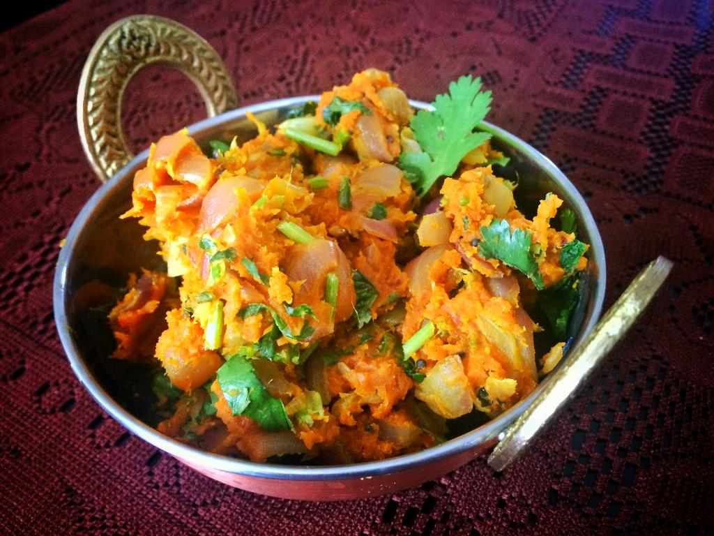 Zunka zunka is a signature marathi dish usually served with bhakri it is made with chickpea flour and is very healthy forumfinder Gallery